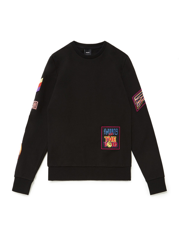 [NONA9ON] EMBROIDERY PATCH SWEATSHIRT
