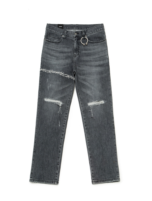 [NONA9ON] BARBWIRE EMBROIDERED DISTRESSED JEANS